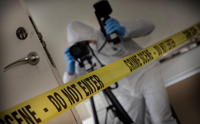 Løs rebusen om kriminelle handlinger. teambuilding for din bedrift